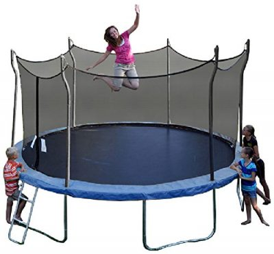 High bouncing trampolines propel